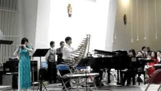 Jingle Bells played with Vietnamese Instruments Thumbnail