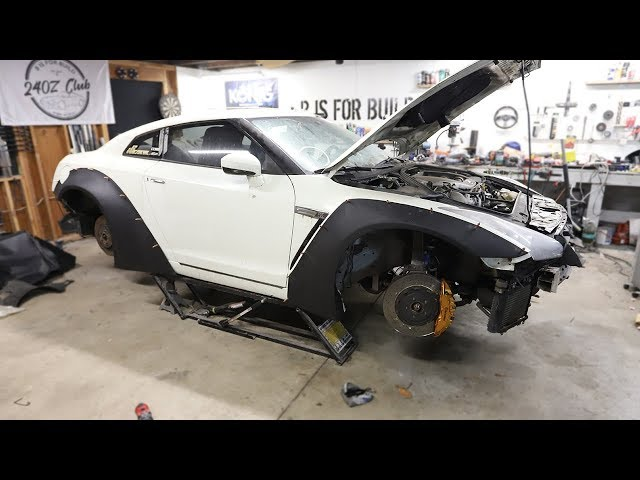 Parts are in!! Test Fitting the Wide Body Kit on the GTR