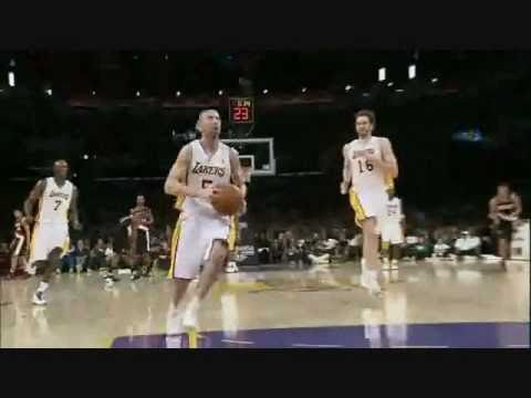 Pau Gasol Catches Steve Blake Backboard Pass For Nasty Dunk!!!