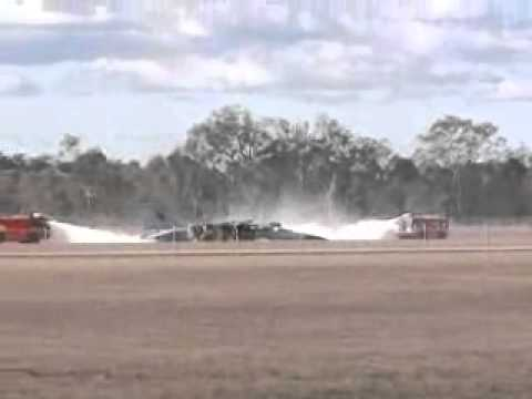 F111 Crash Landing - YouTube