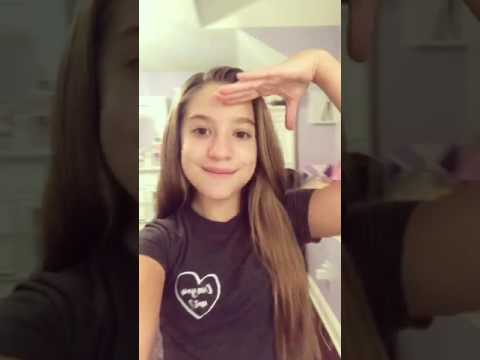 Mackenzie ziegler (see you distract me,but i'm distracted without you 😂☺
