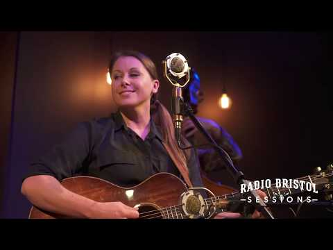 "Beth Snapp - ""Confessions of an Exhausted Thirty Something"" - Radio Bristol Sessions"