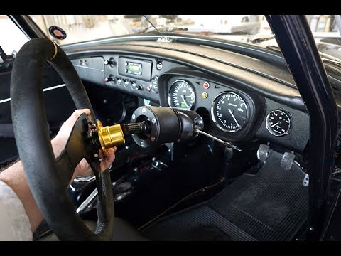 Fitting The B-G Racing Quick Release Steering Wheel Boss To Your Car (Including Wiring A Horn)