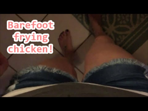 VLOG: Barefoot frying chicken|4.29.16