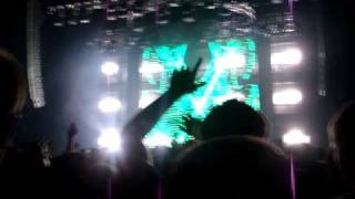 Tiesto Chicago - Halloween 2009 - Cicada - One Beat Away (Arno Cost Remix)
