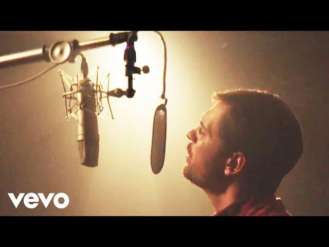 Matt Stell - Everywhere But On (Official Video)