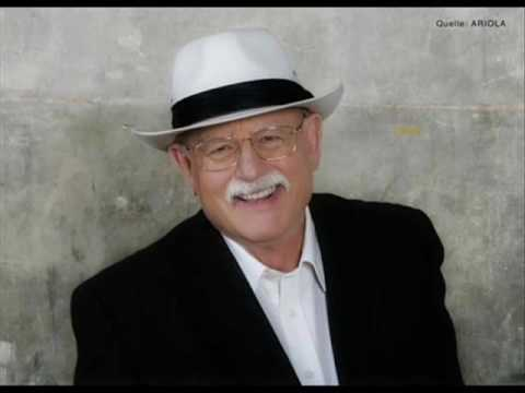 Roger Whittaker - Streets of London (with lyrics)