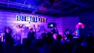 Gambar cover Sisitipsi - Polemikanadum Live at Authenticity