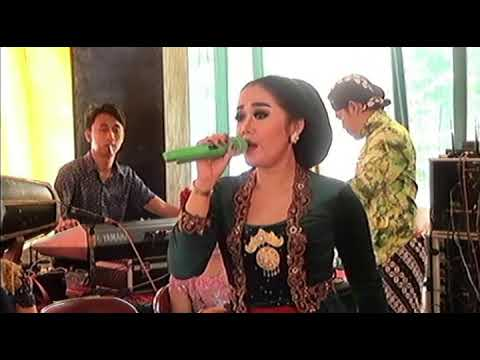 """Juragan Empang """" Dwi Jamilah """""""