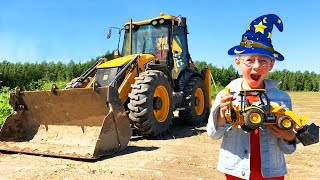 Lev play with Magical toy Mini Tractor and ride on Big Power wheel Tractors