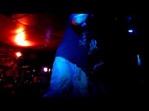 eOn - Metal tribute - Le Local (Marseille) le 7 octobre 2011
