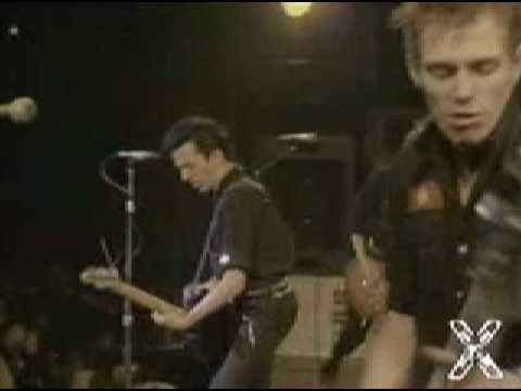 Clash - I Fought The Law (live)