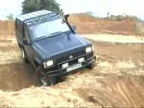 Nissan Patrol K260 RD28 - YouTube