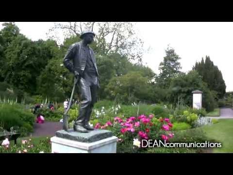 Visiting Kew Gardens, London
