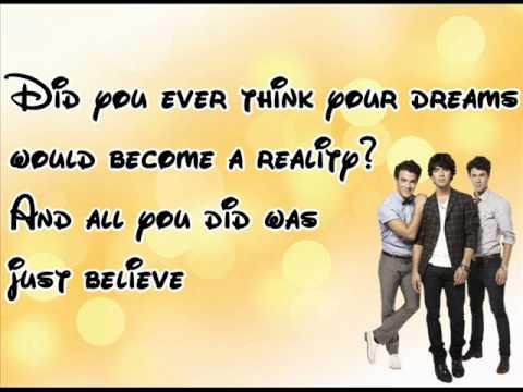 Jonas Brothers Keep It Real With Lyrics