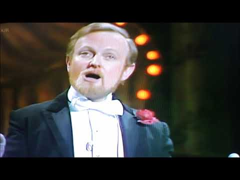 Richard #Stilgoe#Humorous #Songs Good Old Days 2 July 1981