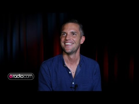 Brandon Flowers Recalls The First Time He Heard A Killers Song On The Radio
