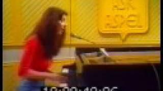 Kate Bush - Kashka From Baghdad (Live 1978)