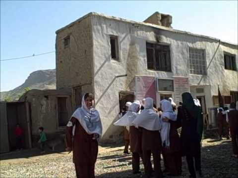 Recess at School Afghanistan.wmv