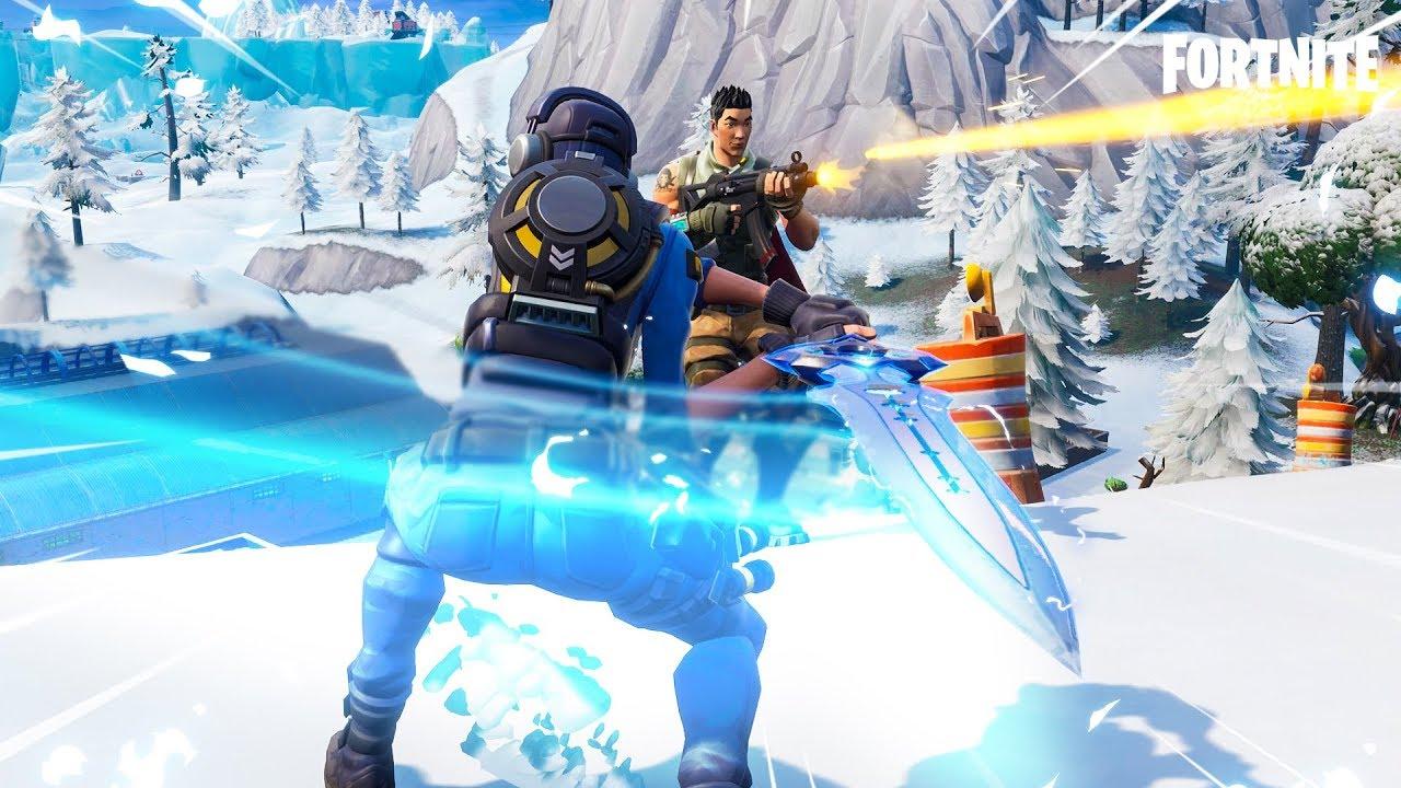 New Infinity Blade Sword Gameplay In Fortnite Youtube