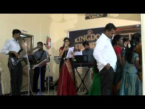 Bayanthu Kartharin Tamil Christian Song