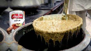 Street Food in Karachi | Mazaidar Haleem Making | Most Popular Pakistani Street Food