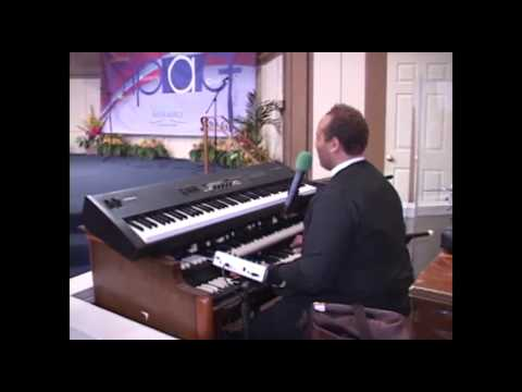 James Mebane's Memorial Service - I Won't Complain sung by Pastor Eric Smith