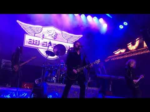 .38 Special/Don Barnes- Ride the Storm-extended version Fremont Street Las Vegas 3/3/18
