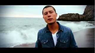 Maxi Vargas - Quédate Junto a Mi (Official Video) HD