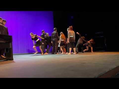 Los alumnos de la Escuela de Arte Dramático escenifican el Día contra la Violencia de Género