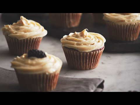 blackberry-cupcakes