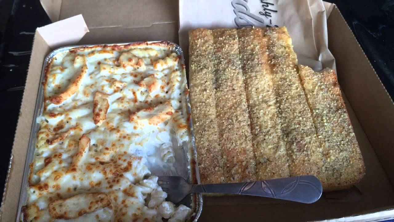 Pizza Hut TUSCANI CHICKEN ALFREDO Review (Viewer Request) - YouTube