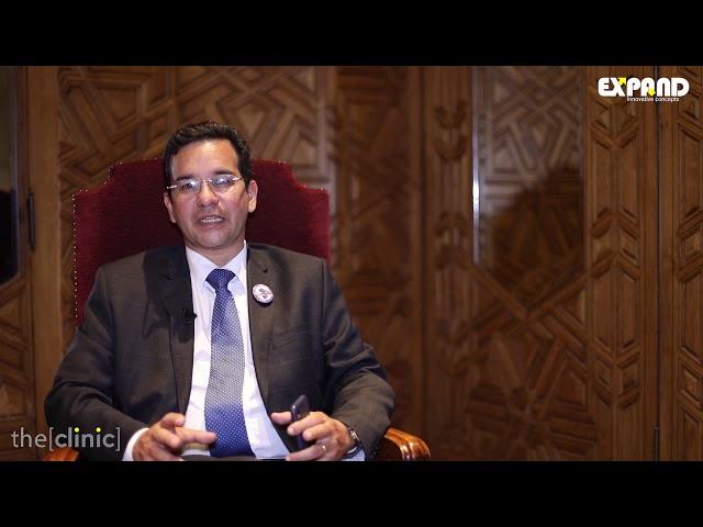 الأستاذ الدكتور هشام المناوى يتحدث عن عمليات تصغير الثدى