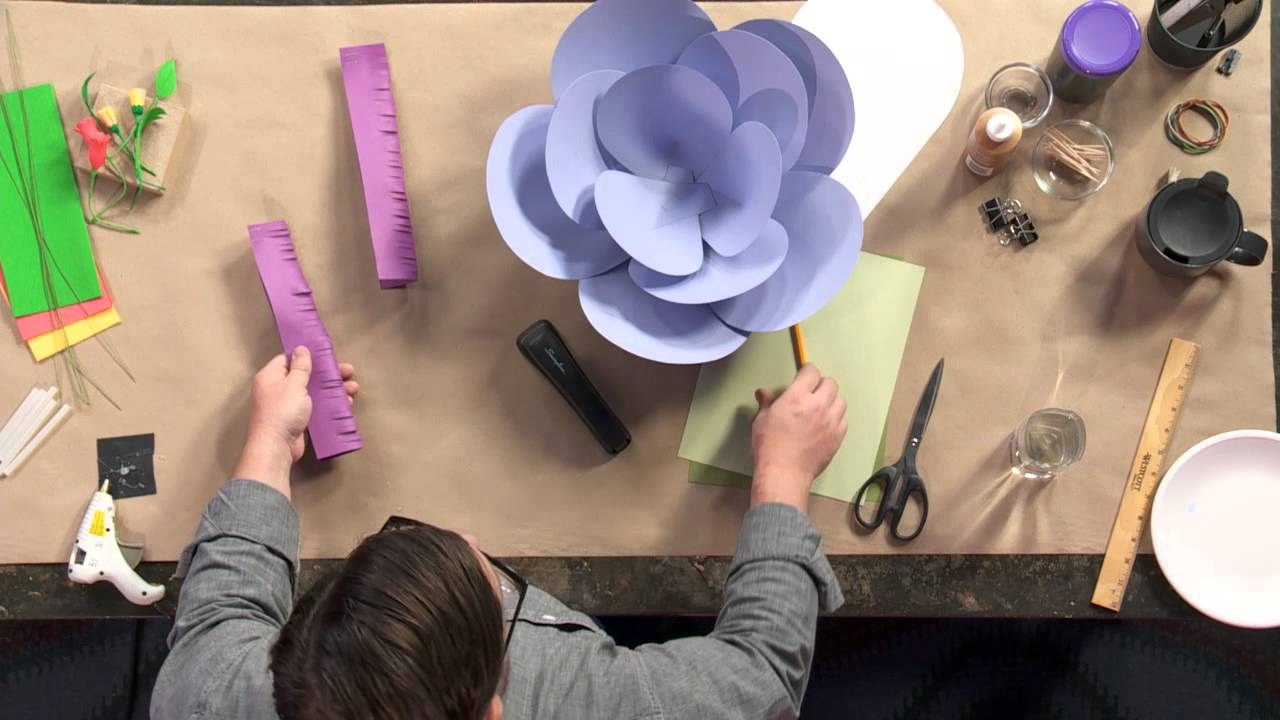 How to make giant paper flowers youtube mightylinksfo