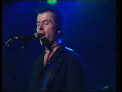 Hanging Around - The Stranglers (Rock Goes To College 1978)