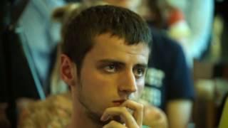 В Варшаве вопросы Саакашвили задавали через окно: в зале не было мест