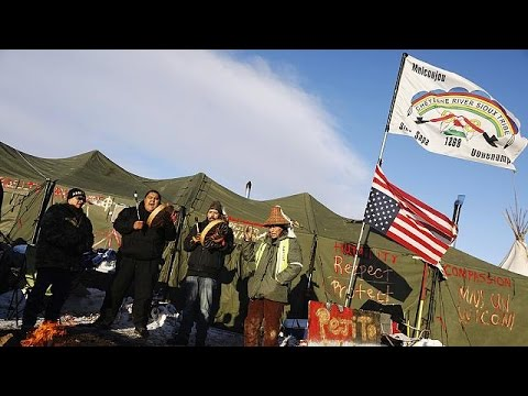 Sioux tribe welcomes halt to N.Dakota pipeline