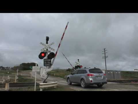 Level Crossing, Cunningar NSW, Australia.