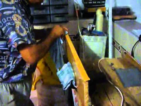 Fai da te rifinire una mensola di legno youtube for Youtube fai da te legno