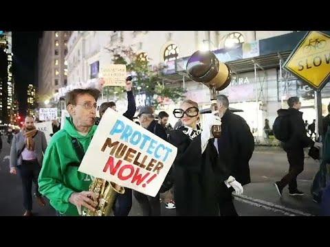 أمريكيون يتظاهرون لحماية تحقيق مولر في التدخل الروسي في انتخابات 2016…  - 14:54-2018 / 11 / 9