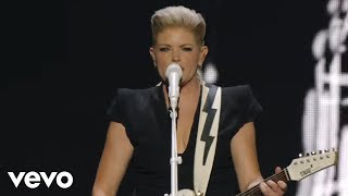 Watch Dixie Chicks Lubbock Or Leave It video