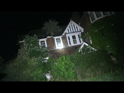Exploring Haunted Abandoned School (WARNING)