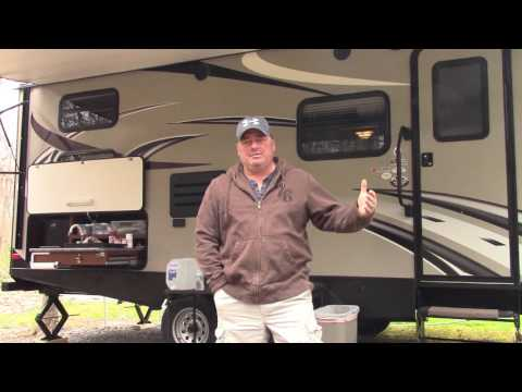 RV camping and helpful tips