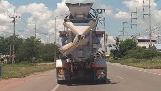 วิ่งตามหลังรถโม่ปูนคันใหญ่....!!!