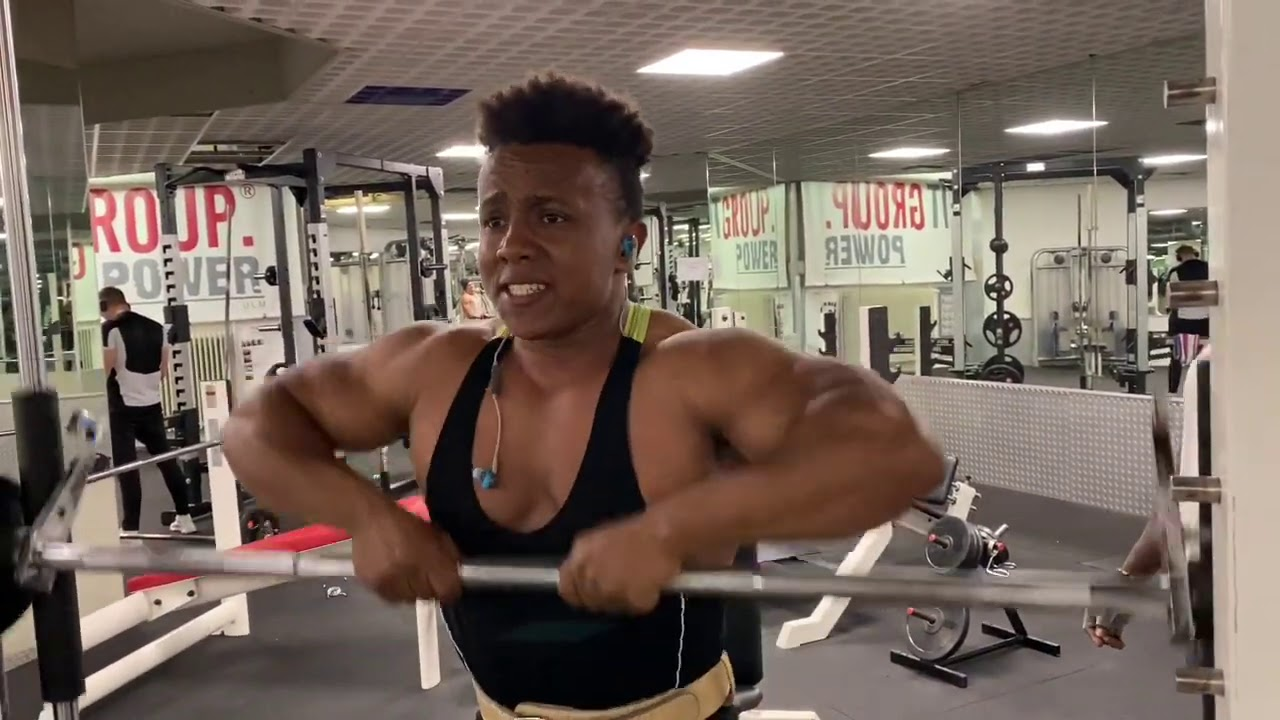 #eritrea #bodybuilding Best Workout shoulder Eritrea 🇪🇷 Gym Motivation #2 Sport