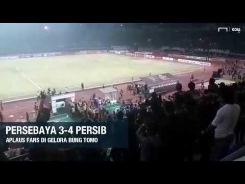 Persebaya 3-4 Persib : Aplaus Fans Di Gelora Bung Tomo