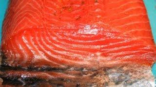 Salmón marinado (Gravlax)