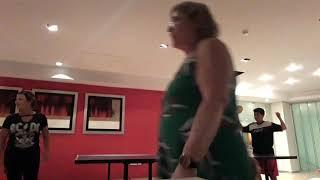 Joguei  ping pong contra a sandra