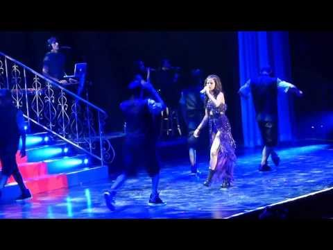 Selena Gomez = Stars Dance = Winnipeg MTS Center - Stars Dance Tour Live 2013
