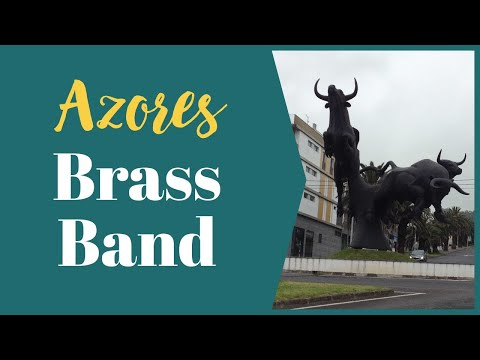 Azores Holidays - Visit to Family House in Terceira to Watch Rope Bullfighting with Local Brass Band